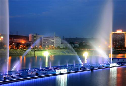 """陕西频道 地市新闻 榆林    从大柳塔镇提供的总结材料可以看出,""""十一"""