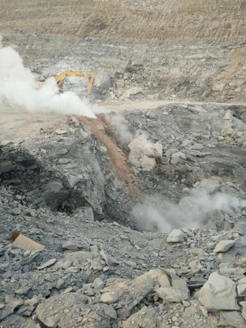神木县大柳塔镇前柳塔村综治项目百亩着火区得到有效