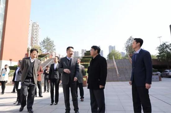 西安曲江一中,曲江二小顺利完成创建国家义务教育发展基本均衡区抽检