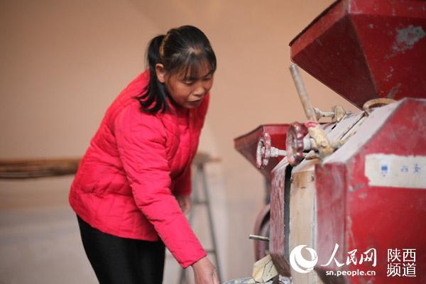 陕西印台:政策入户 帮扶入心 群众的日子好