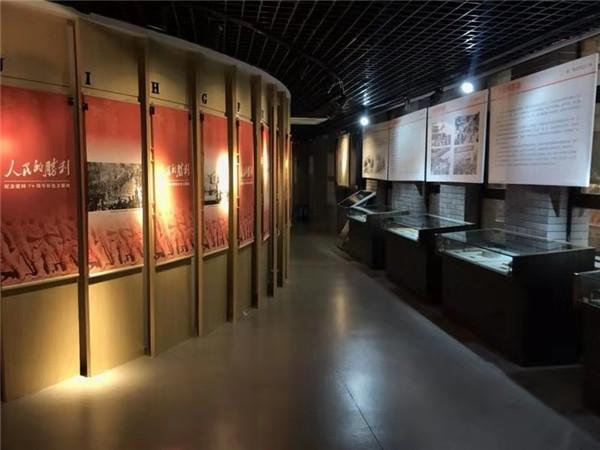 西安建筑科技大学以两场文化展览祝福祖国