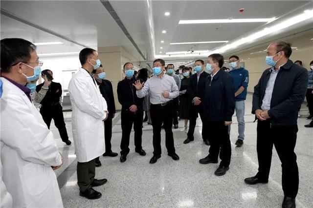 医院合理调配资源 西安市卫生健康委党委书记刘顺智深入现场 实地考察西安市第四医院